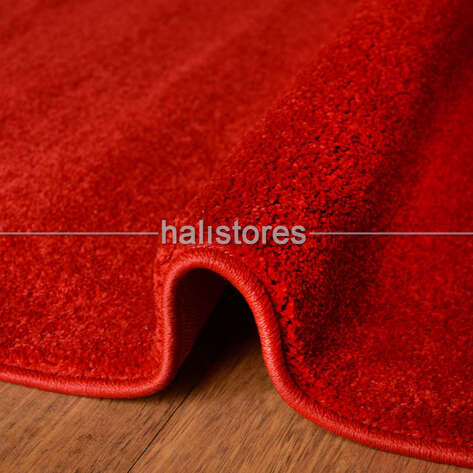 Kırmızı Renkli Halı