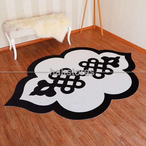 Halıstores - Siyah-Beyaz Özel Tasarım Dekoratif Halı (1)
