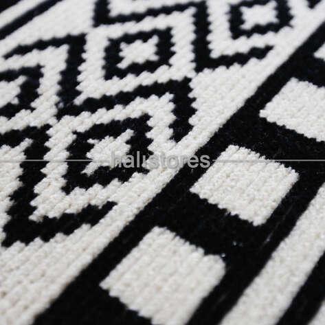 Siyah Beyaz Yün Kilim Halı Hattuşa Ht-04 Beyaz